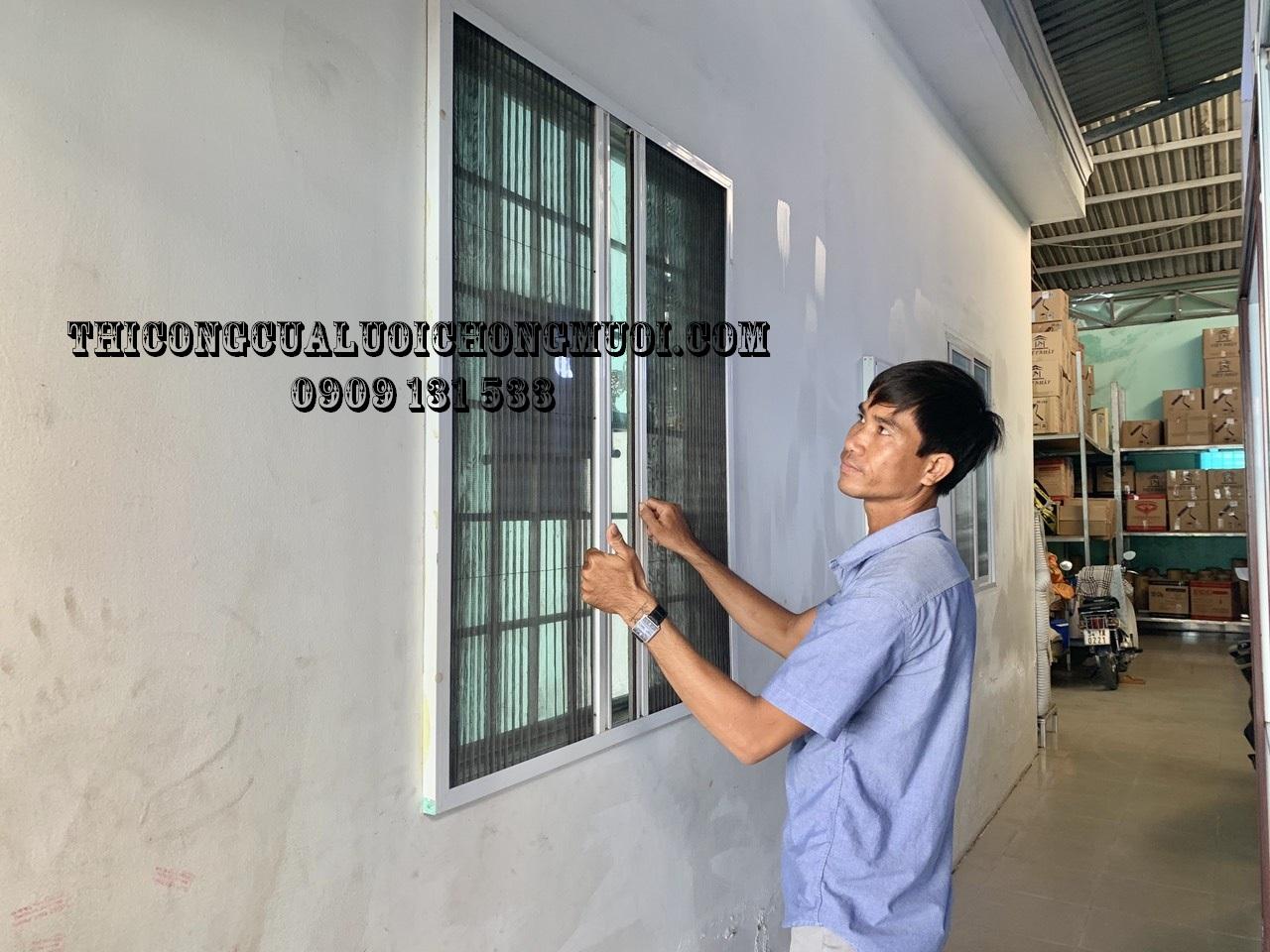 Cửa lưới chống muỗi xếp