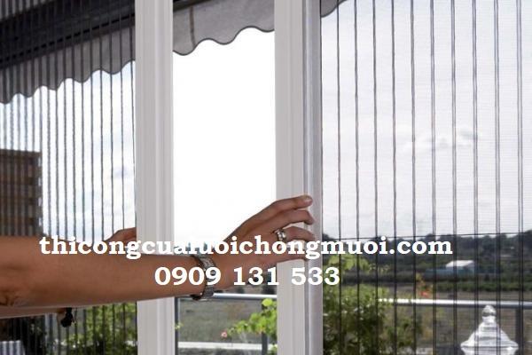 Chọn cửa lưới chống muỗi phù hợp cho ban công nhà bạn