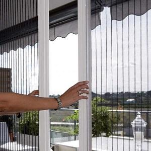 Cửa lưới chống muỗi lùa giá  rẻ chất lượng đảm bảo tính lâu dài khi sử dụng