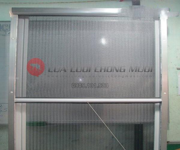 Cửa lưới chống muỗi tự cuốn CLCM003