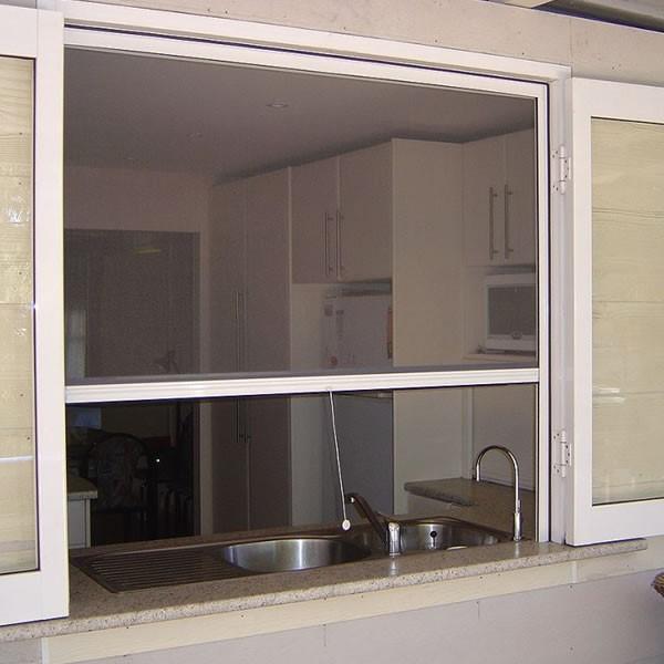 Cửa lưới chống muỗi tự cuốn loại cửa chất lượng đảm bảo an toàn
