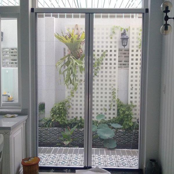 Tại sao nên lắp đặt cửa lưới chống muỗi cho căn hộ chung cư