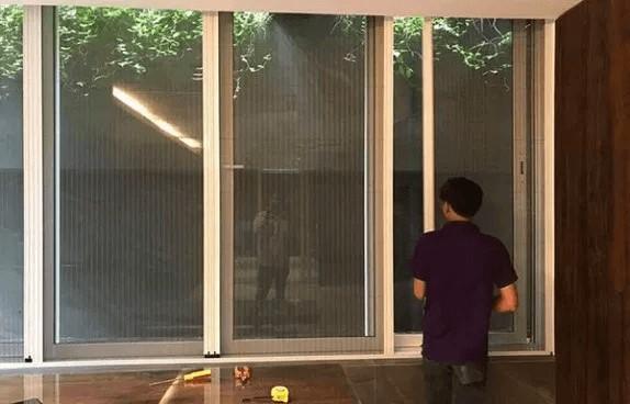 Thi công cửa lưới chống muỗi Việt Thống