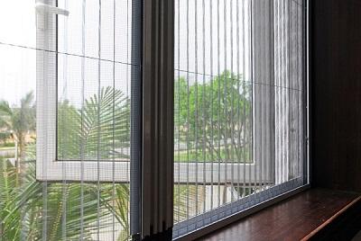 Ứng dụng khung nhôm định hình vào sản xuất cửa chống muỗi